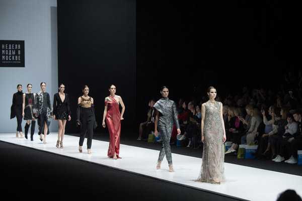 Неделя высокой моды в 2020-12