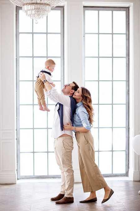 Позы для семейной фотосессии2