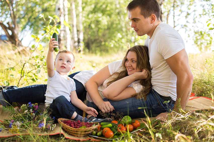Позы для семейной фотосессии6