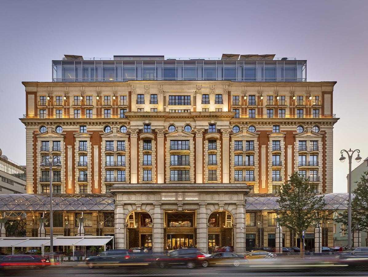 Самые дорогие отели Москвы24