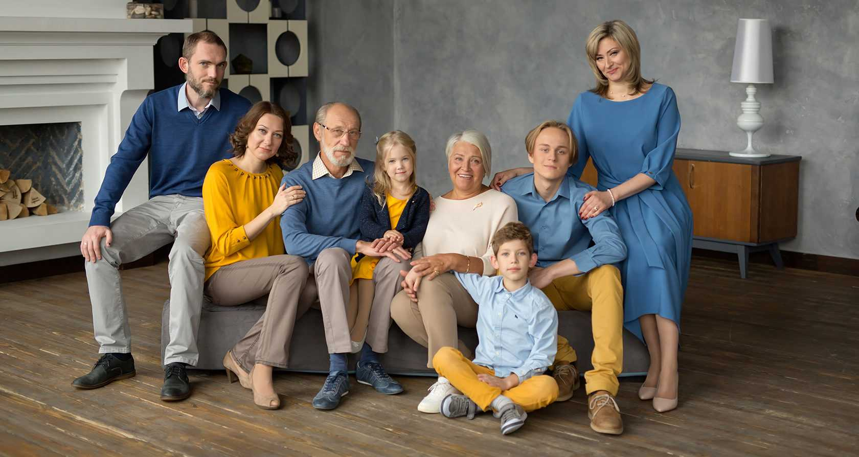 Семейные фотосессии в студии фото идеи2