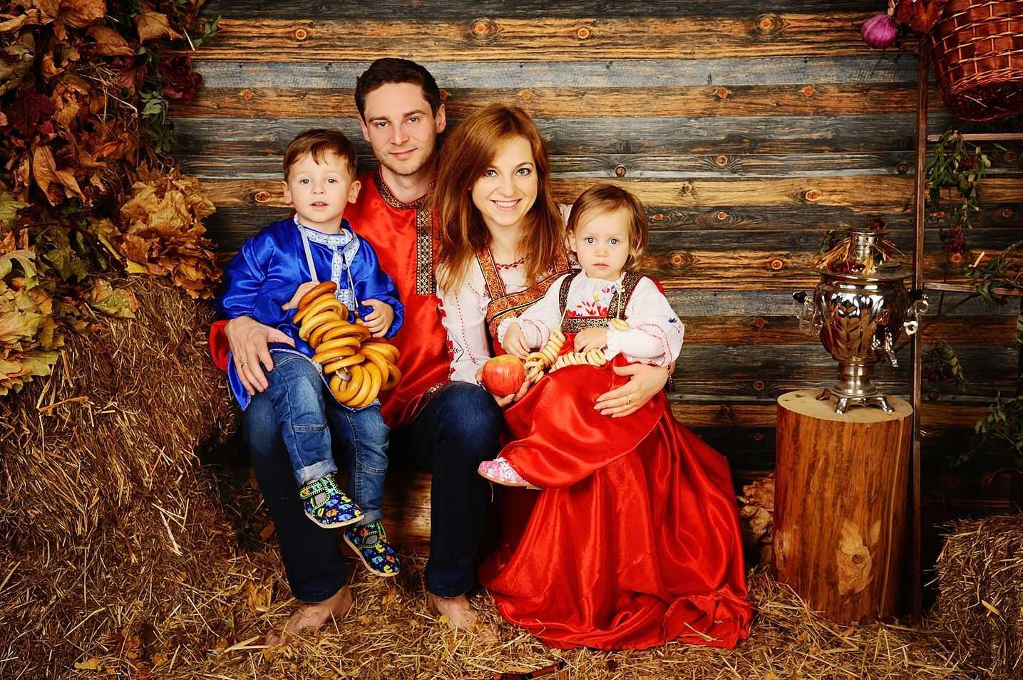Семейные фотосессии в студии фото идеи13