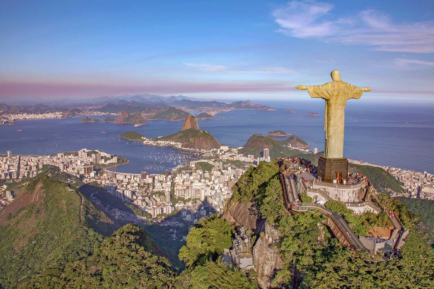 Самые известные скульптуры мира9