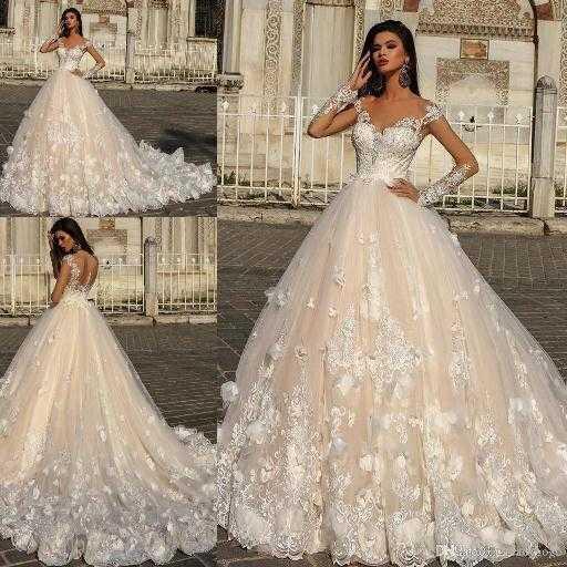 Самые красивые свадебные платья фото12
