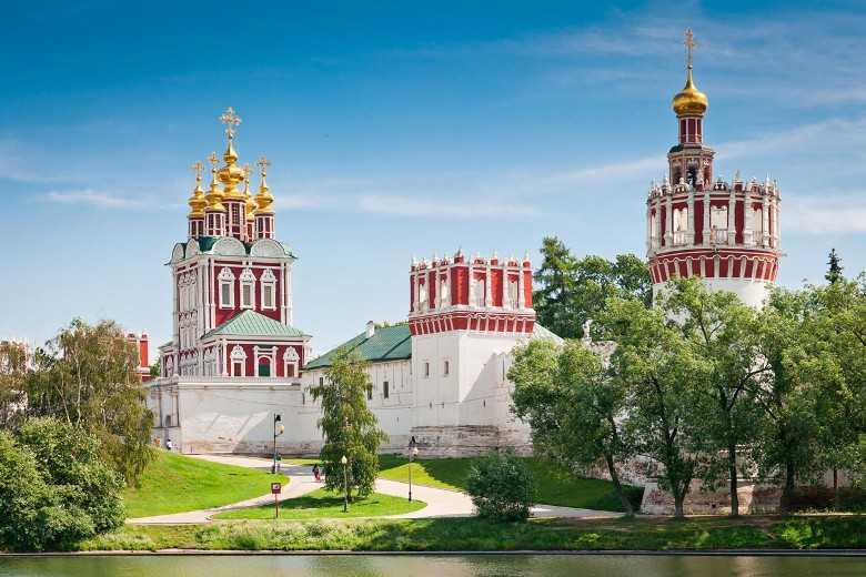 какие места посетить в москве9
