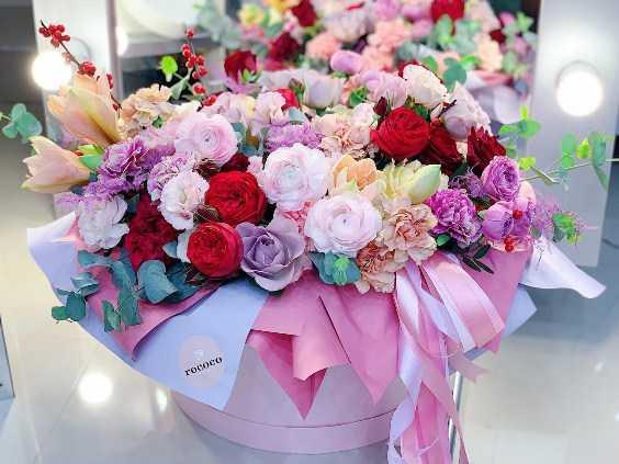 Цветочная композиция из живых цветов1