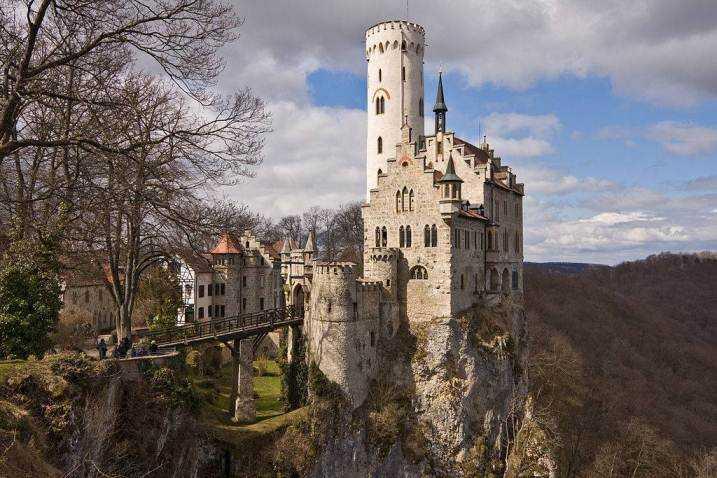 Романский стиль в архитектуре примеры2