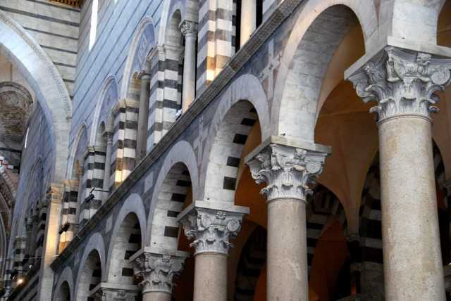 Романский стиль в архитектуре примеры9