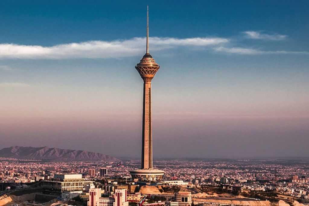 Самое высокое здание в мире на сегодняшний день10